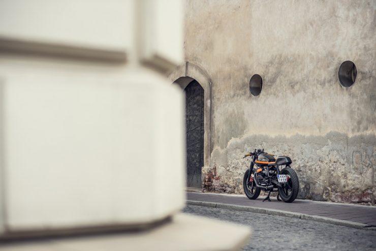 moto-guzzi-v65-14