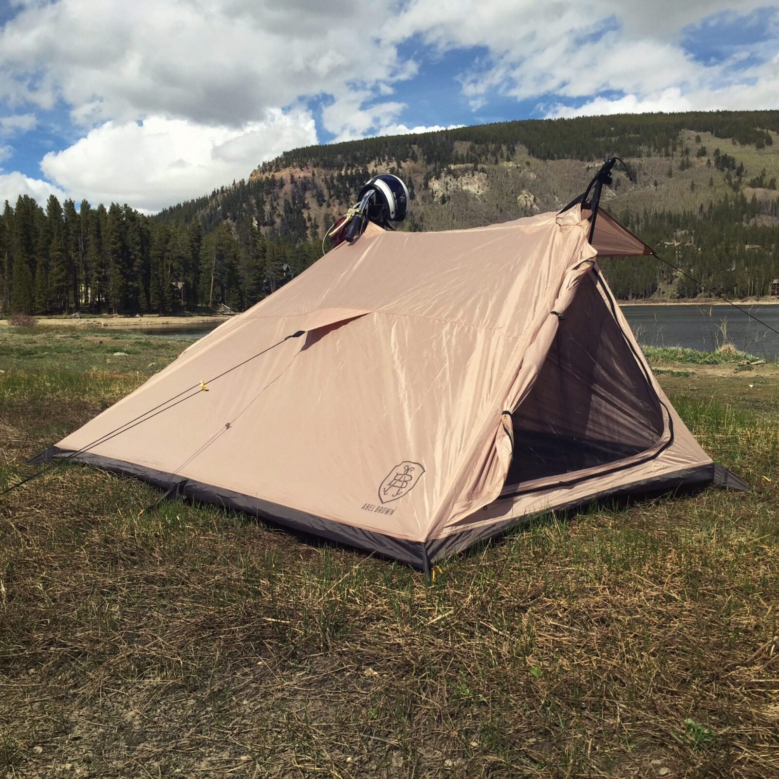 & Nomad 2 Motorcycle Tent