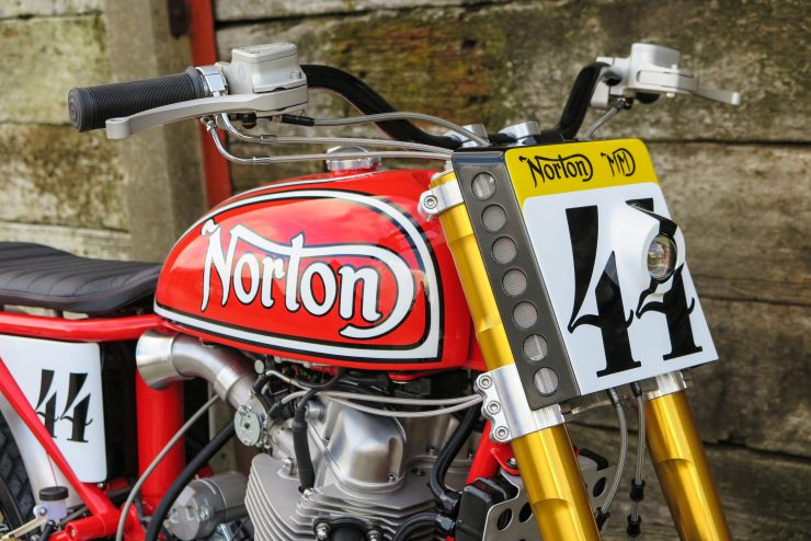 norton-commando-tracker-3