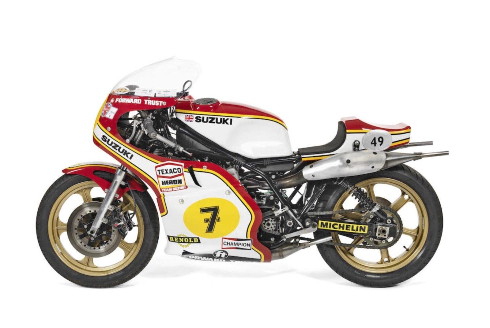 Suzuki RG500 XR14 3 1600x1072 - 1976 Suzuki RG500 XR14