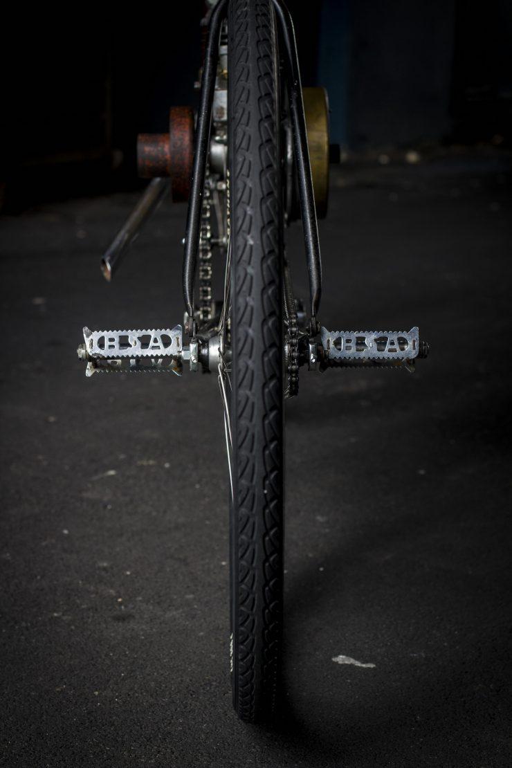 triumph-board-track-motorcycle-12