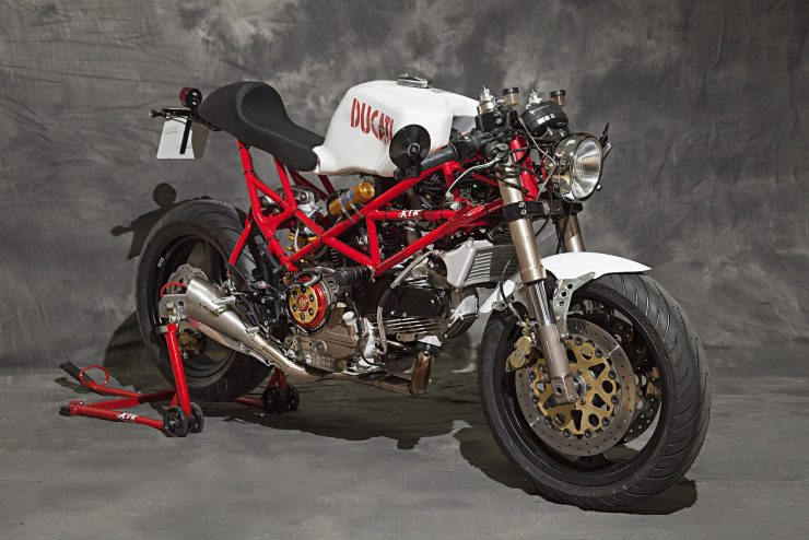 custom-ducati-motorcycle-11