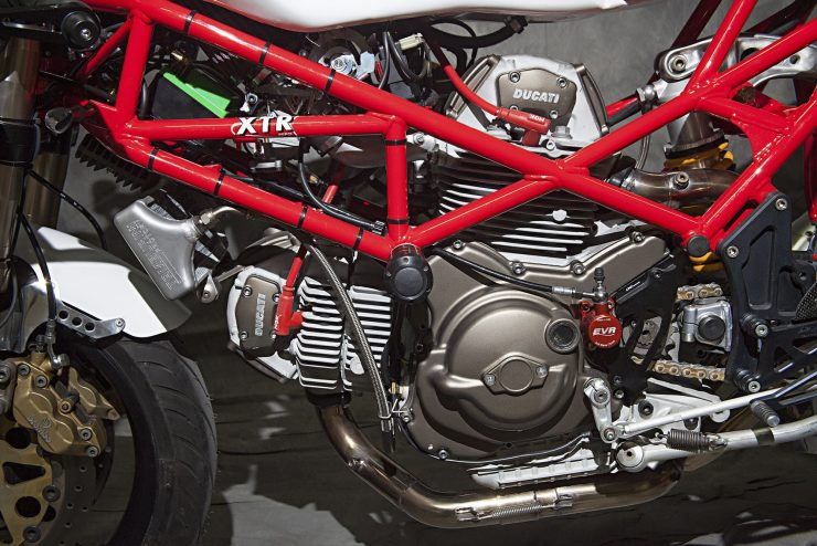 custom-ducati-motorcycle-21