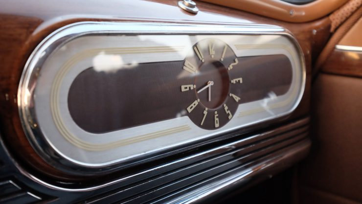 icon-derelict-oldsmobile-clock-2