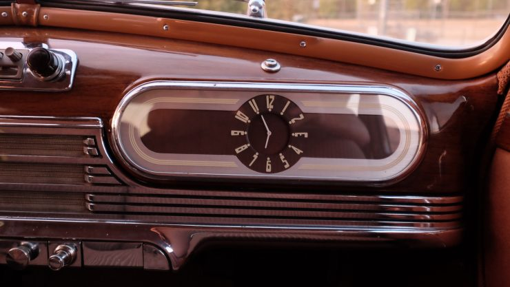 icon-derelict-oldsmobile-clock