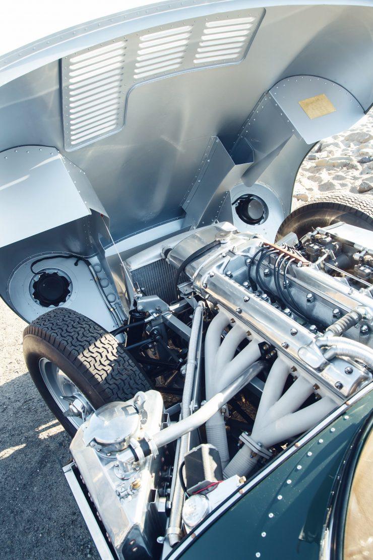 jaguar-xkss-17