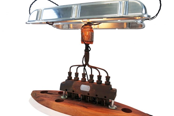 v8-engine-lamp-3