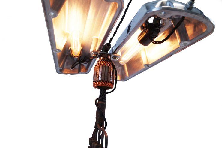v8-engine-lamp-4