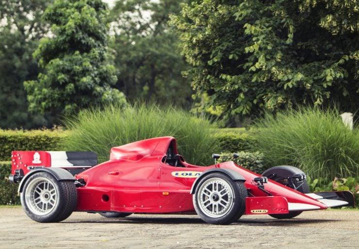 lola-f1r-formula-1-car-2