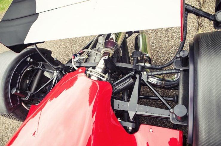 lola-f1r-formula-1-car-23