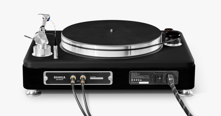 shinola-runwell-turntable-7