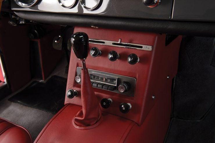 Ferrari 250 GTE 12 740x492 - 1963 Ferrari 250 GTE