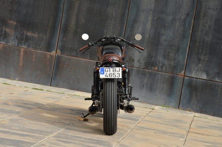 Honda CB750 Brat Style 5