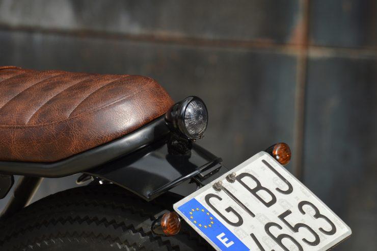 Honda CB750 Brat Style 9