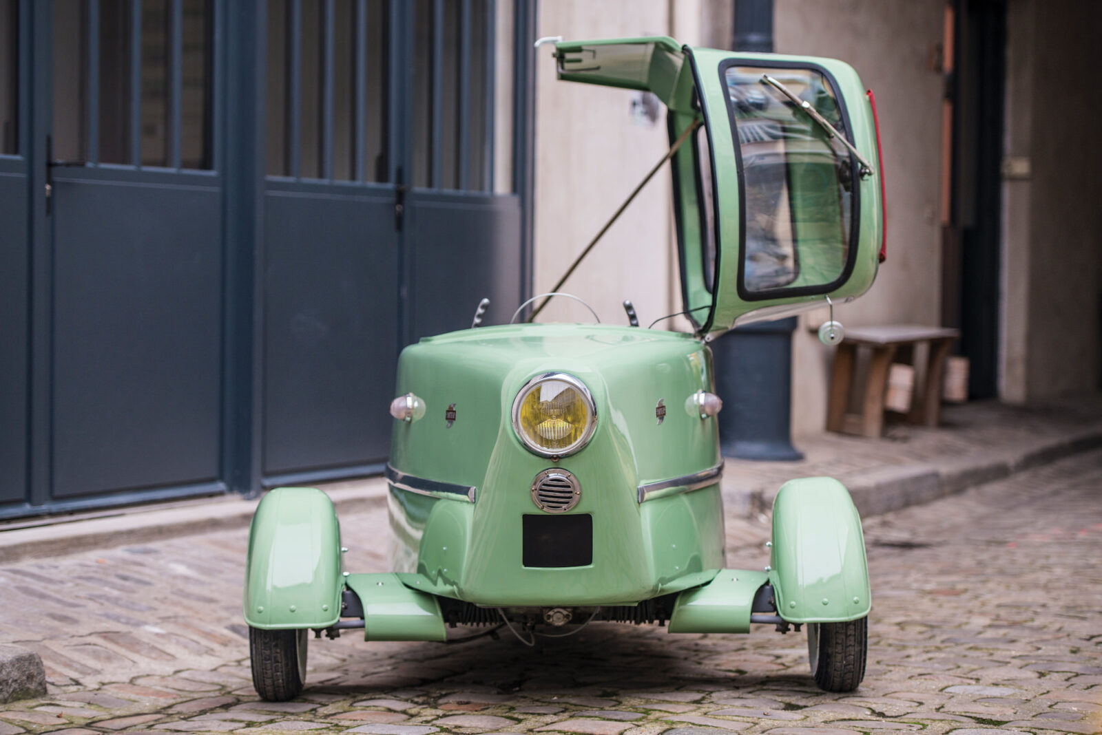 Inter 175A Berline Microcar 9 1600x1068 - 1956 Inter 175A Berline Microcar