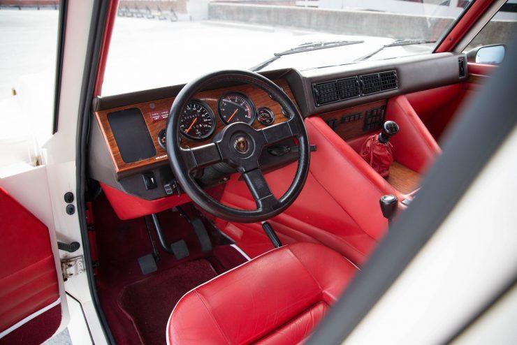 Lamborghini LM 002 22 740x494 - Lamborghini LM 002