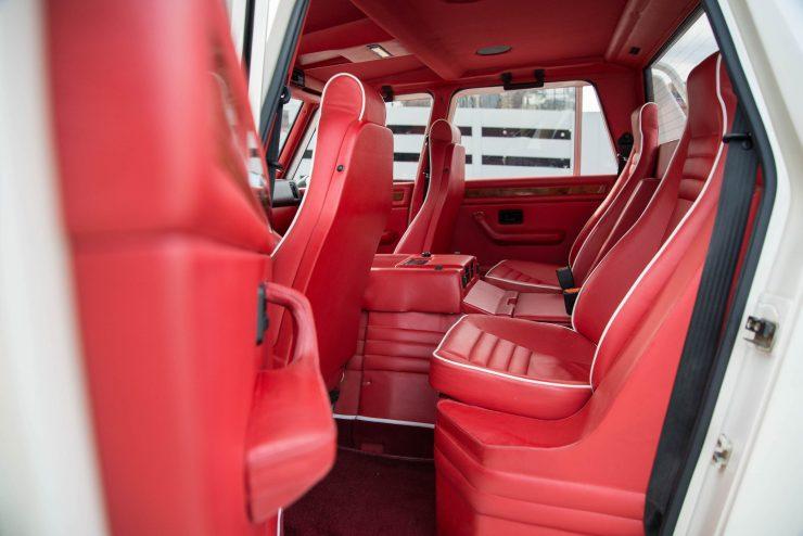 Lamborghini LM 002 24 740x494 - Lamborghini LM 002