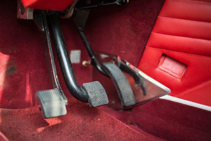 Lamborghini LM 002 45 740x494 - Lamborghini LM 002