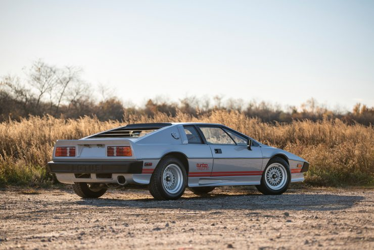 lotus-esprit-turbo-1