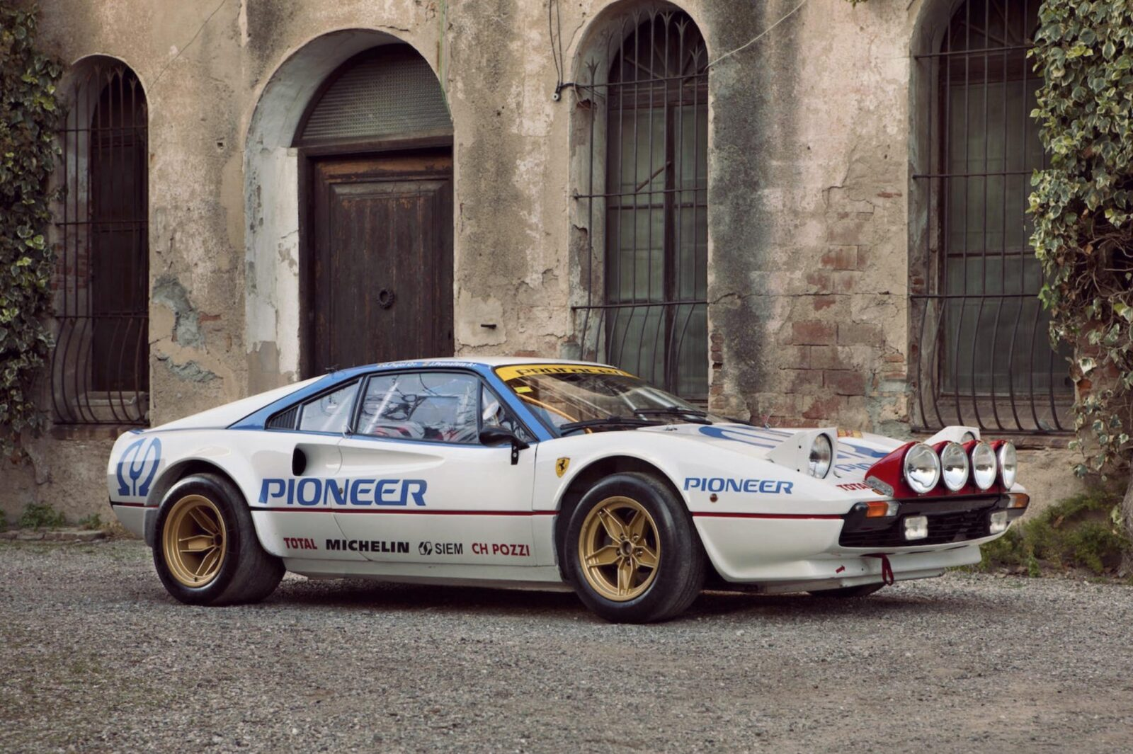 ferrari 308 gtb car 3 1600x1065 - Ferrari 308 GTB Group 4 Racer