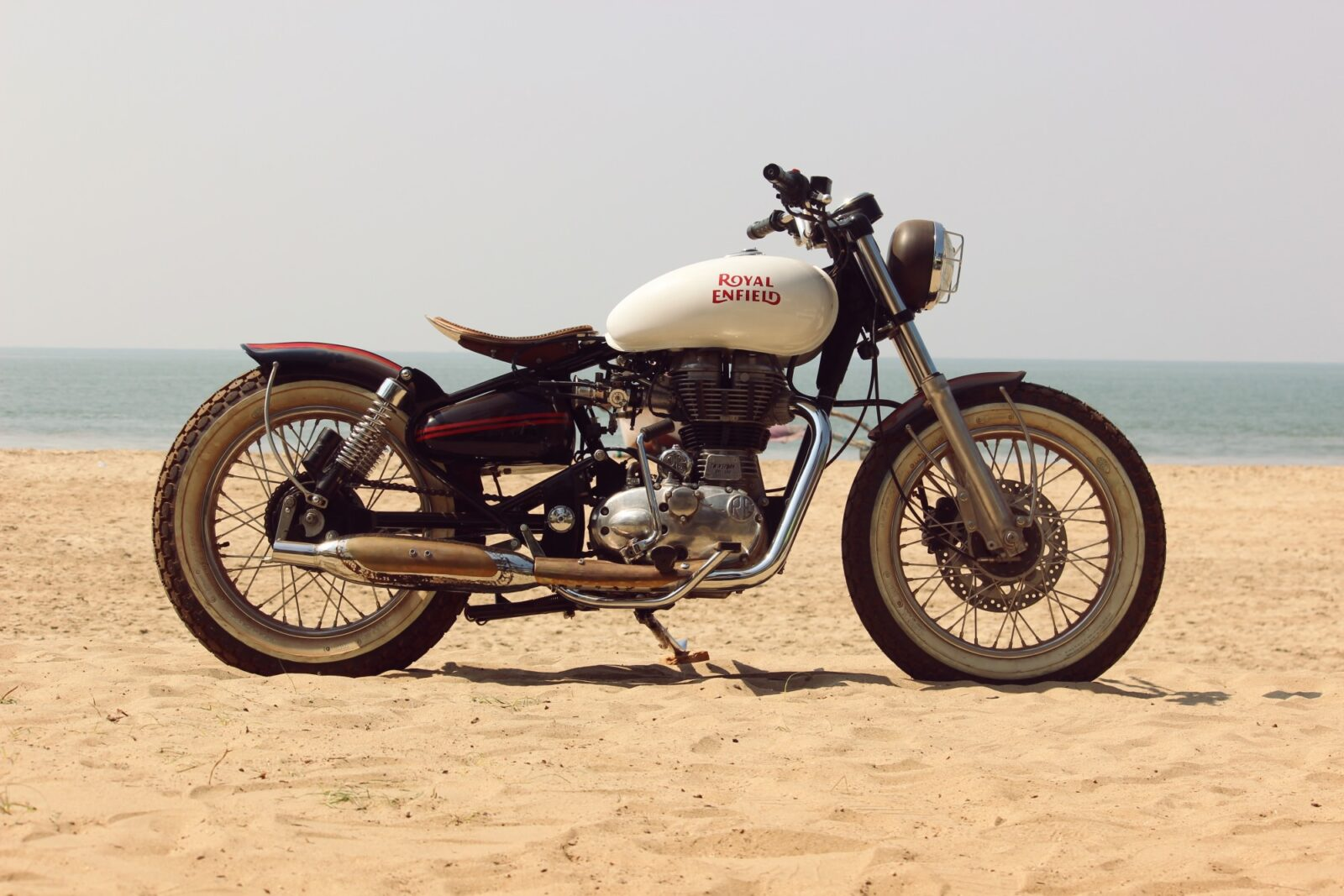 royal enfield motorcycle custom 13 1600x1067 - Royal Enfield Beach Tracker