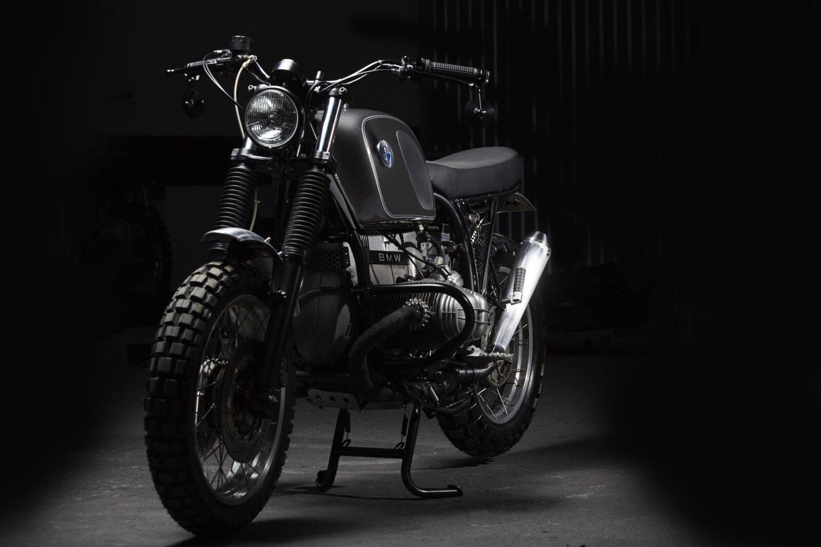 BMW R100 14 1600x1066 - Fuel Motorcycles BMW R100R Silverback