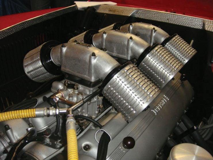 Ferrari 166 MM 21 740x555 - Ferrari 166 MM Barchetta