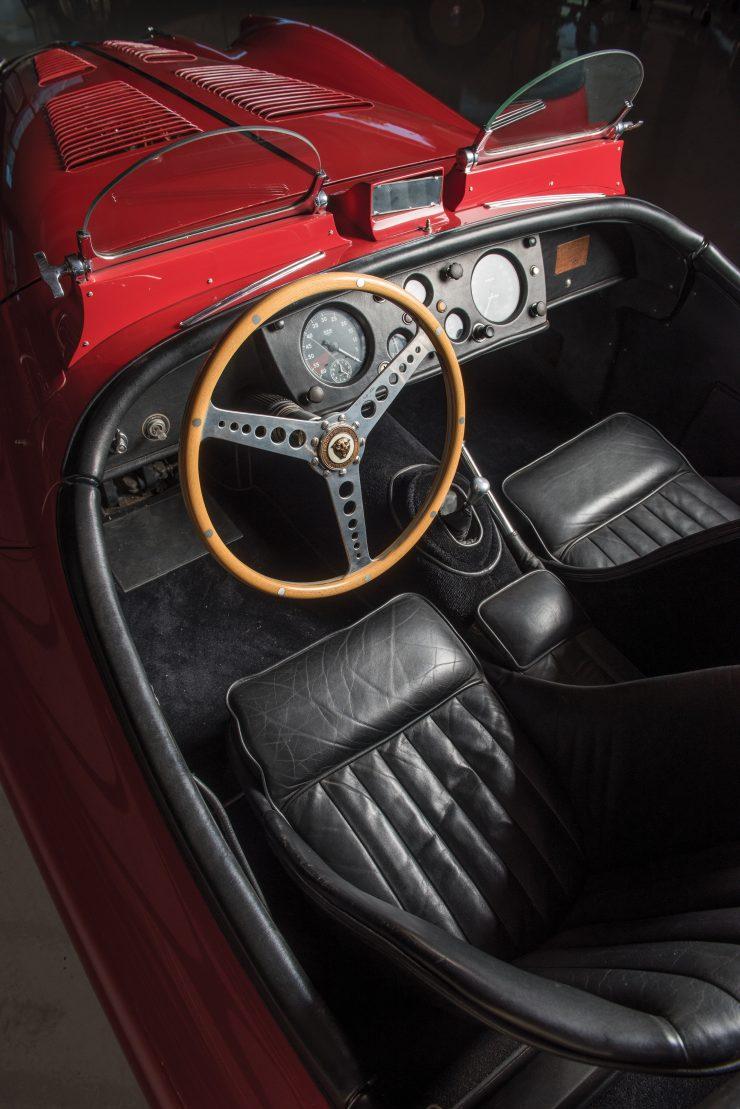 Jaguar XK 140 4 740x1109
