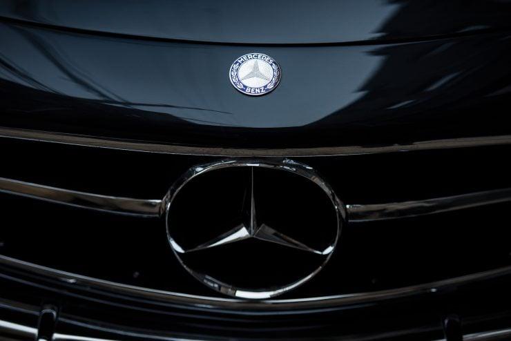 Mercedes Benz 300 SL Gullwing 18 740x494 - Mercedes-Benz 300 SL Gullwing