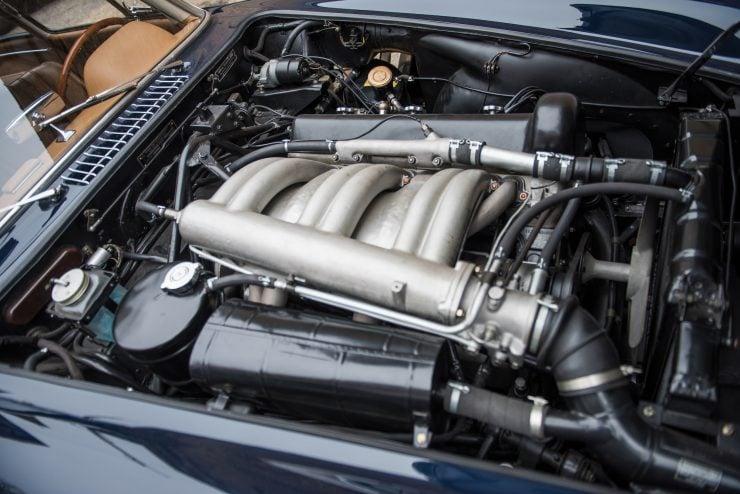 Mercedes Benz 300 SL Gullwing 20 740x494 - Mercedes-Benz 300 SL Gullwing