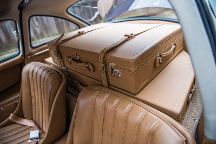 Mercedes Benz 300 SL Gullwing 25 740x494 - Mercedes-Benz 300 SL Gullwing