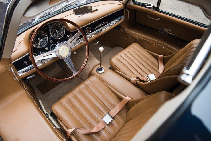 Mercedes Benz 300 SL Gullwing 4 740x494 - Mercedes-Benz 300 SL Gullwing