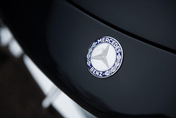 Mercedes Benz 300 SL Gullwing 8 740x494 - Mercedes-Benz 300 SL Gullwing