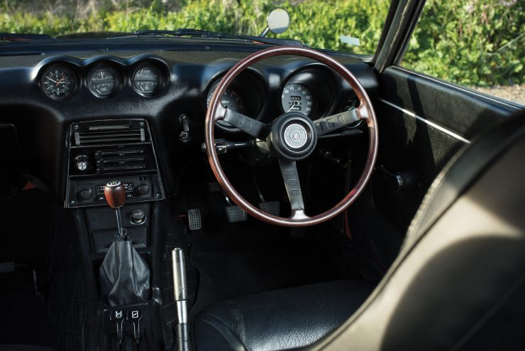 Nissan Fairlady Z 432 11 740x494 - Nissan Fairlady Z 432