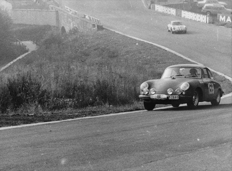 Porsche 356 Car Racing 2 740x546 - 1963 Porsche T6B 356 Carrera 2 GT