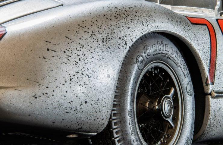 blue wonder dirty hero 300slr 6 740x481 - Mercedes-Benz Blue Wonder + Dirty Hero 300 SLR