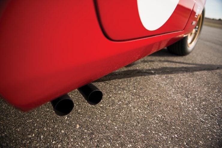 ferrari 365 gtb4 daytona 11 740x494 - Ferrari 365 GTB/4 Daytona Competizione Conversion