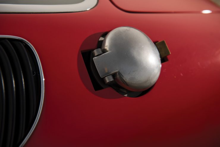 ferrari 365 gtb4 daytona 14 740x494 - Ferrari 365 GTB/4 Daytona Competizione Conversion