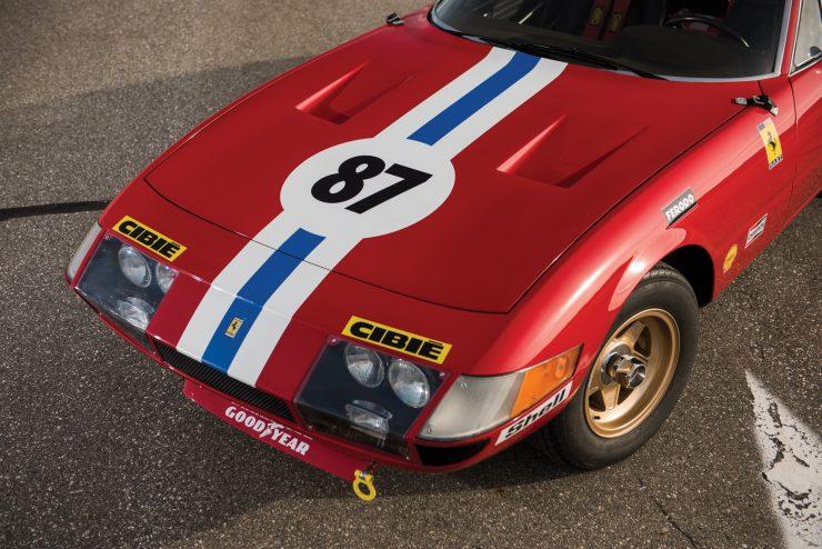 ferrari 365 gtb4 daytona 19 740x494 - Ferrari 365 GTB/4 Daytona Competizione Conversion