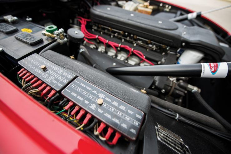 ferrari 365 gtb4 daytona 30 740x494 - Ferrari 365 GTB/4 Daytona Competizione Conversion