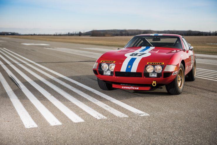 ferrari 365 gtb4 daytona 35 740x494 - Ferrari 365 GTB/4 Daytona Competizione Conversion