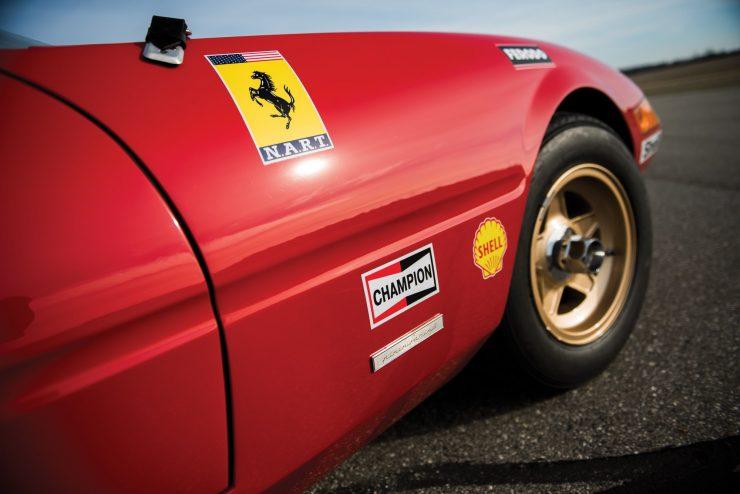 ferrari 365 gtb4 daytona 8 740x494 - Ferrari 365 GTB/4 Daytona Competizione Conversion