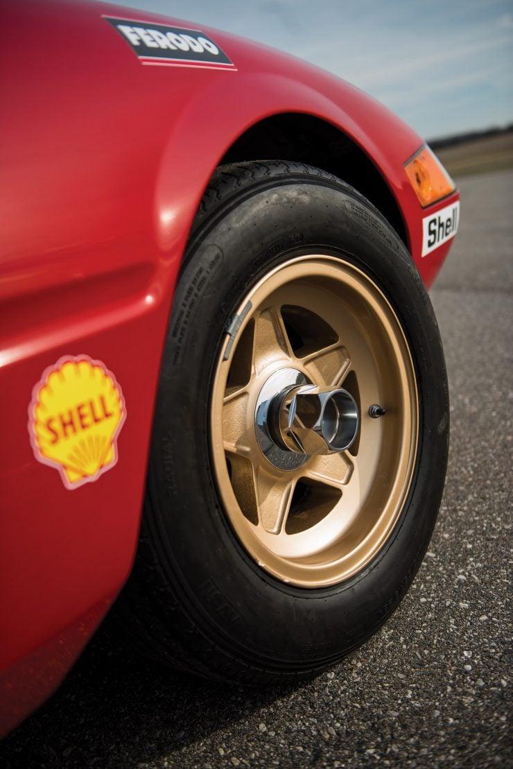 ferrari 365 gtb4 daytona 9 740x1109 - Ferrari 365 GTB/4 Daytona Competizione Conversion