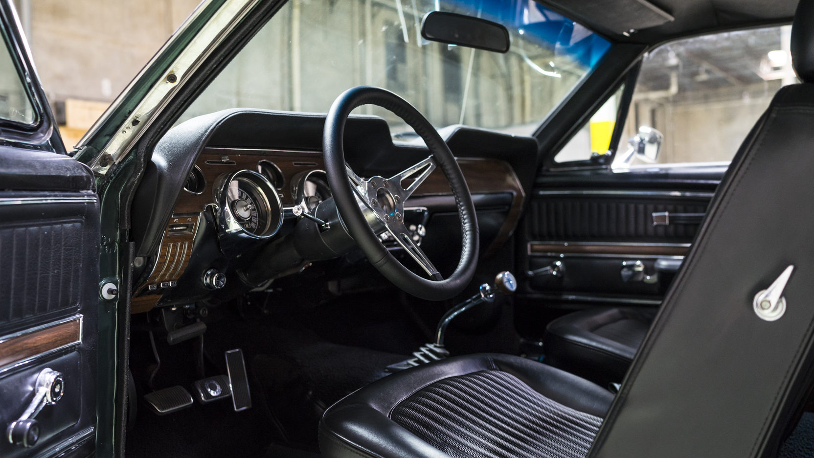 bullitt spec 1968 ford mustang fastback. Black Bedroom Furniture Sets. Home Design Ideas
