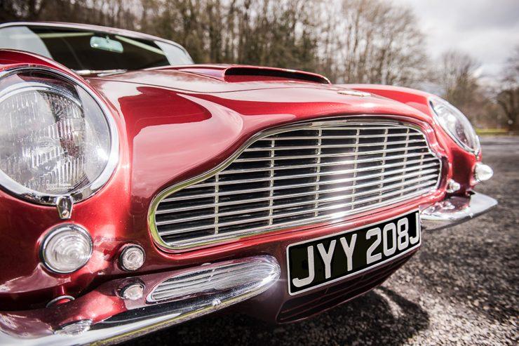 1971 Aston Martin DB6 MKII Vantage grille 740x493 - Aston Martin DB6 MKII Vantage