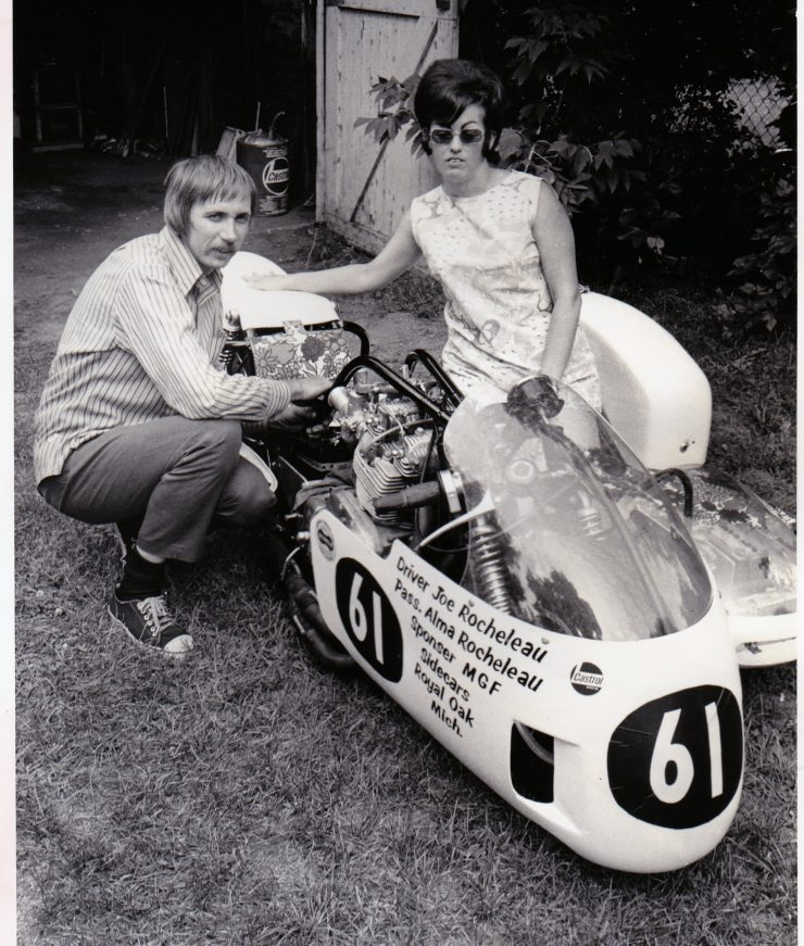 First American Couple To Race At The Isle Of Man TT 5 740x871