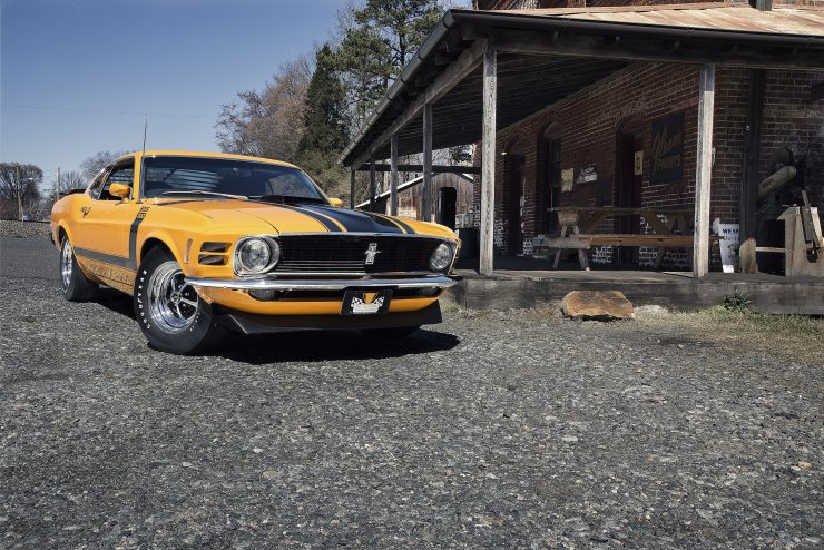 Ford Mustang Boss 302 2 740x494 - 1970 Ford Mustang Boss 302