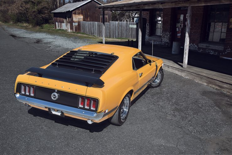 Ford Mustang Boss 302 3 740x494 - 1970 Ford Mustang Boss 302