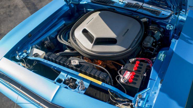 Plymouth Hemi Cuda 5 740x416 - Plymouth Hemi Cuda