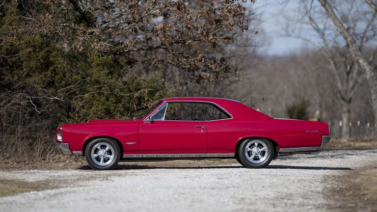 Pontiac GTO Side 740x416 - 1966 Pontiac GTO